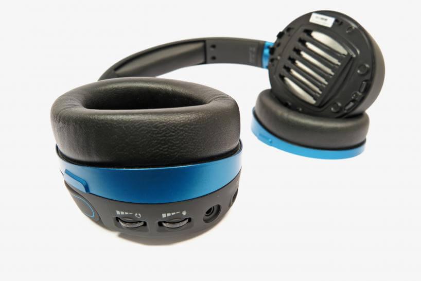 Gaming-Headset: Ansicht der Kontrollen eines Headsets