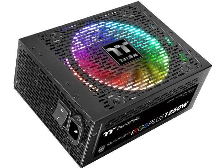 PC-Netzteil mit bunter RGB-Beleuchtung