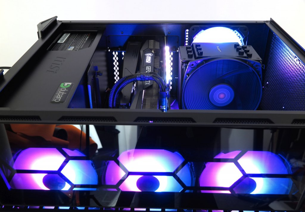 Gaming-PC-2000-Euro_23